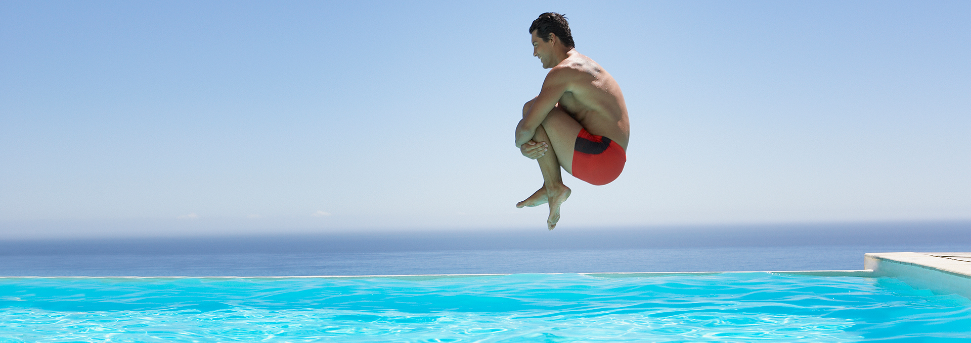 Faites le grand saut : offrez-vous une piscine APF !